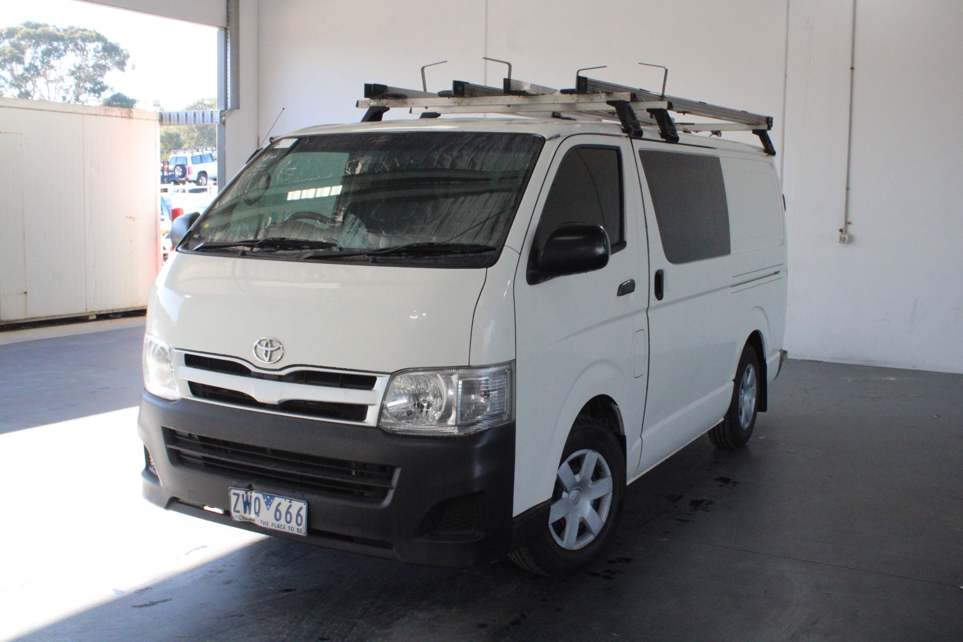 2013 Toyota Hiace LWB KDH201R Turbo Diesel Manual Van