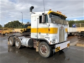 Unreserved Kenworth K125, Lighting Towers, Case Front & More