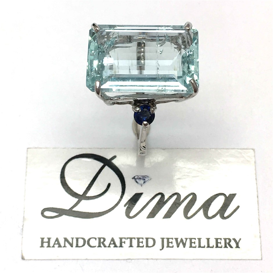 18ct White Gold, 11.65ct Aquamarine and Blue Sapphire Ring