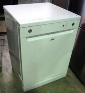 Whirlpool Free Standing Dishwasher Model Adp5000wh