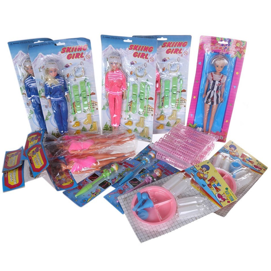 17 x Assorted Toy`s, Incl; Pens, Plastic Hair Rollers, Doll Feeding Sets &