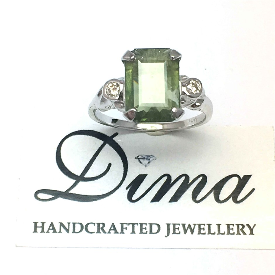 18ct White Gold, 3.00ct Green Sapphire and Diamond Ring