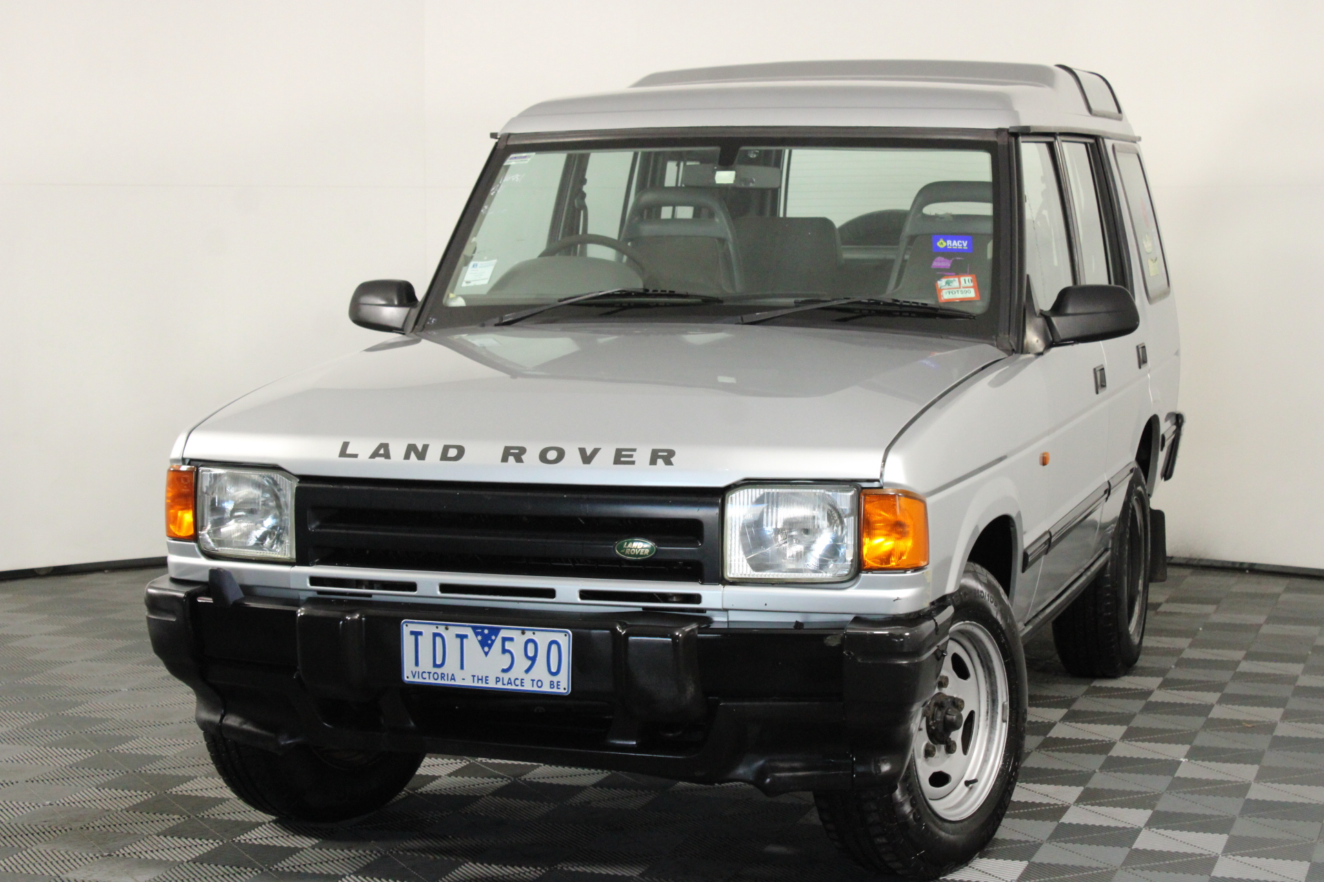 1998 Land Rover Discovery S (4x4) Turbo Diesel Automatic Wagon