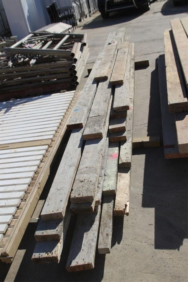 20x Assorted Building Timber Beams