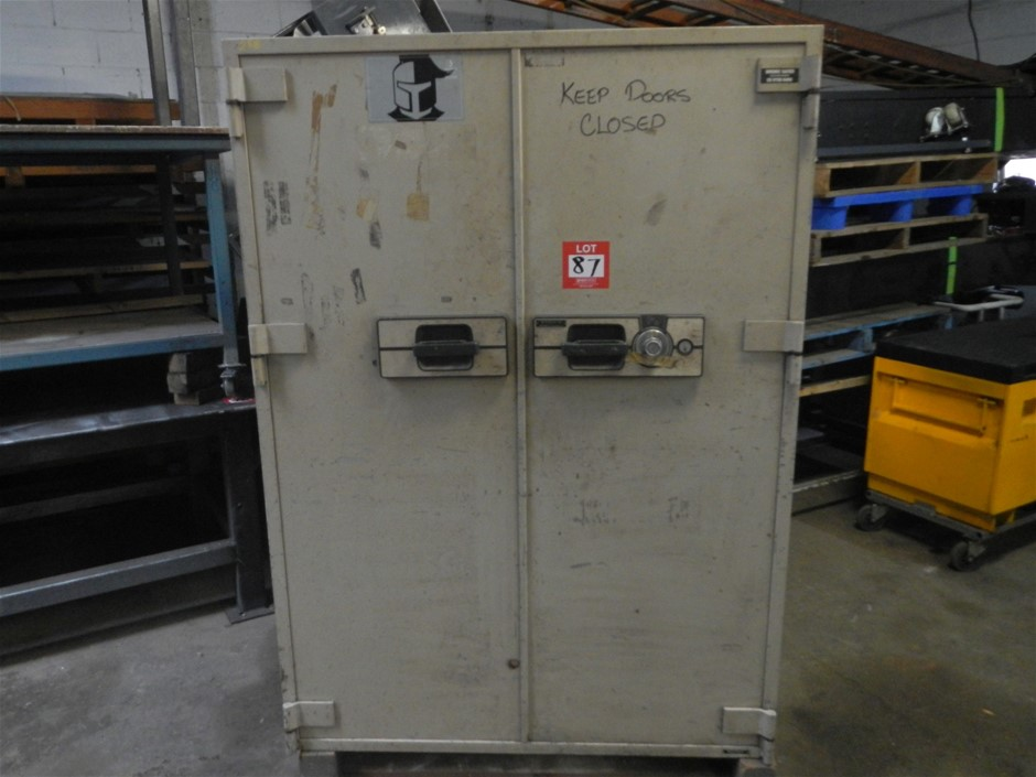 Large steel safe, missing 2 drawers, unlocked, no key and no code