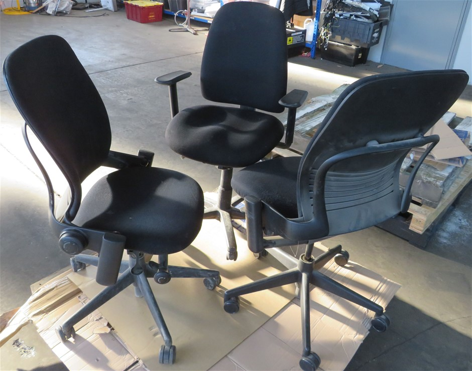 Quantity (6) Assorted Office Chairs