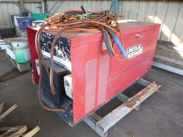Lincoln Electric WP300+ AC/DC Arc Welder and AC Power Generator
