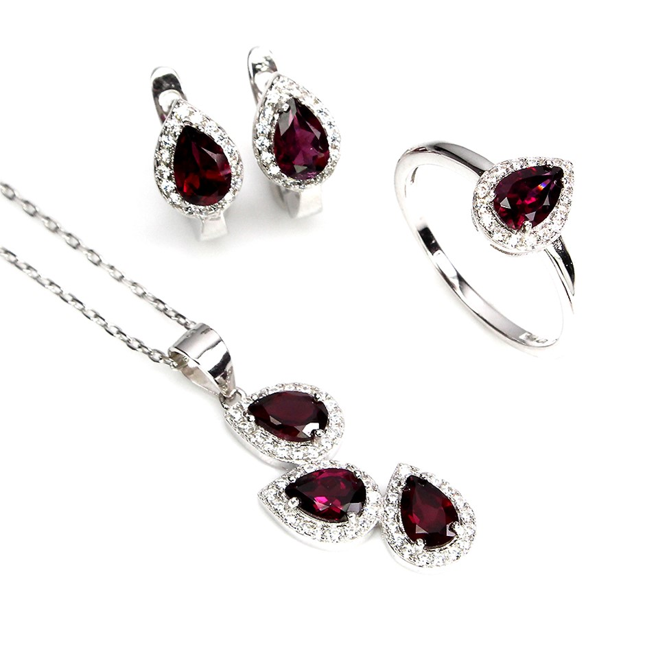 Beautiful Genuine Garnet Necklace Ring & Earrings Set.