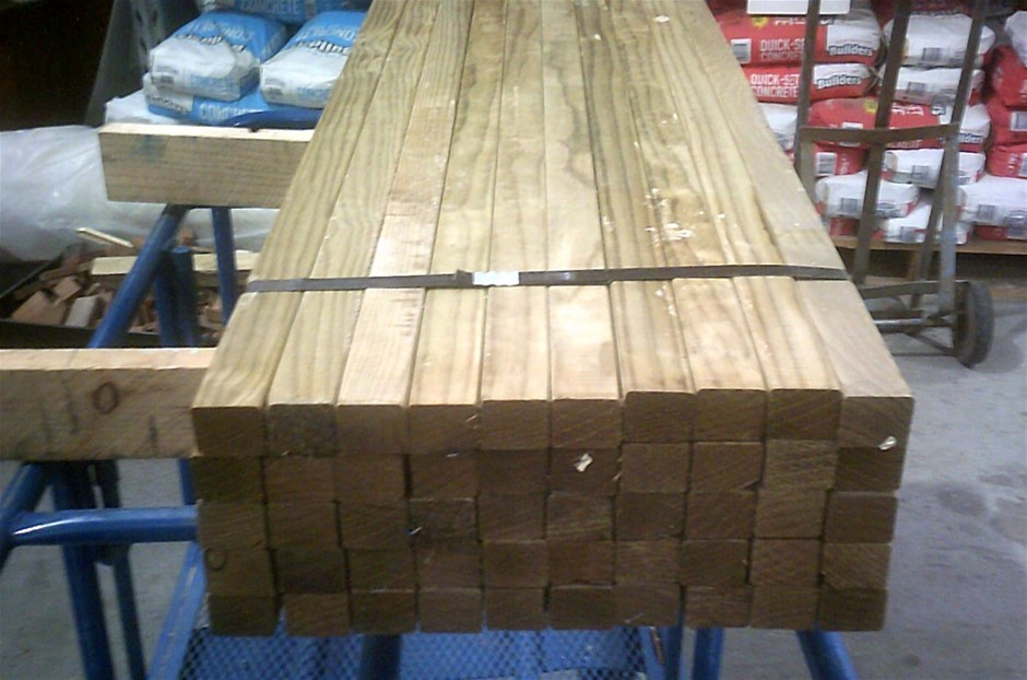 Pack of 42mm x 35mm Treated Pine Fence Droppers/ Battens.