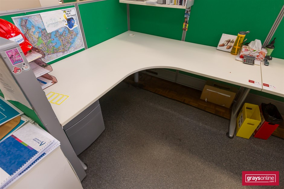 White Corner Workstation Office Desk Set