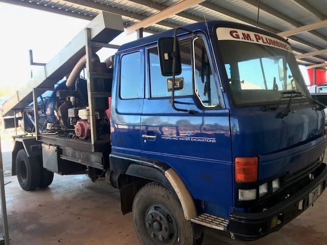 1988 Hino Ranger HD FD172B 4 x 2 Pump Truck