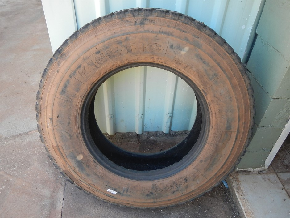 Multiple Truck Tyres - 11R22.5