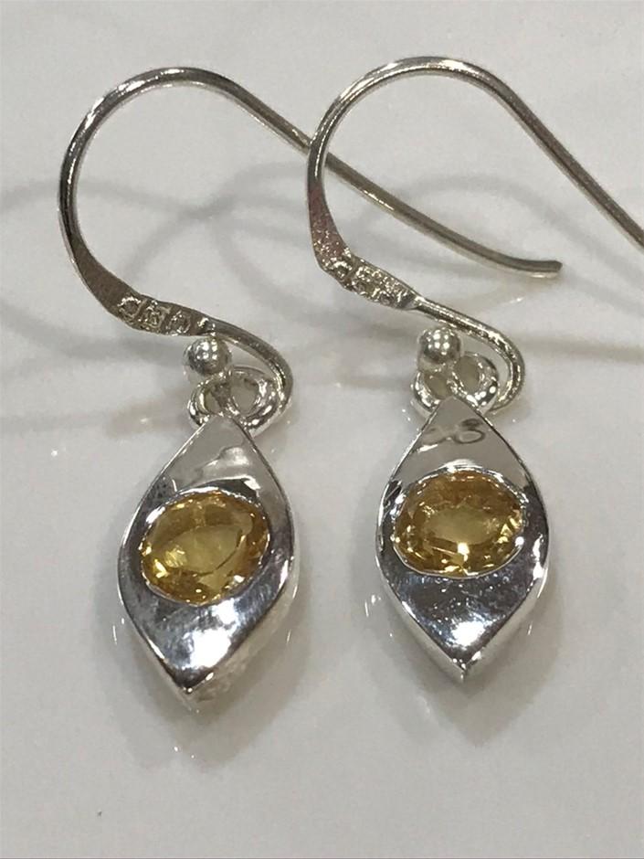 Lovely Genuine 1.10ct Citrine Earrings