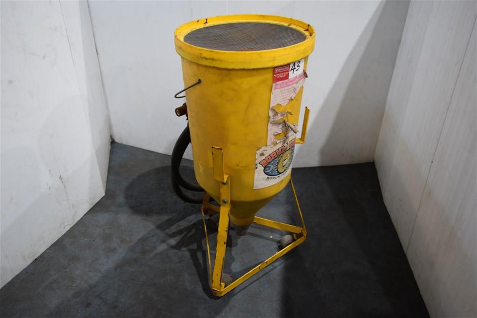 """Borum Tools"" Portable Air Operated Grit / Sand Blast Machine"