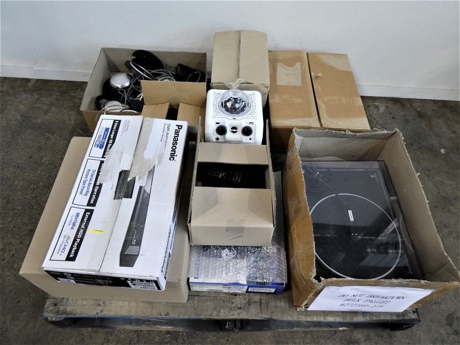 PALLET CONTAINING ASSORTED USED & UNTESTED AUDIO EQUIPMENT