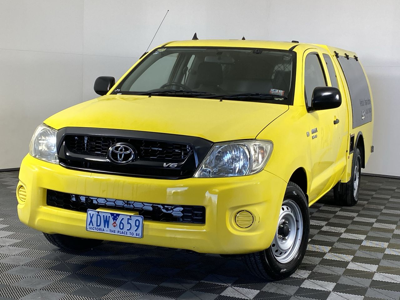 2009 Toyota Hilux SR GGN15R Automatic Ute (EX RACV)