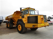Volvo Articulated Dump Trucks/2008 Mitsubishi FK600 Fighter
