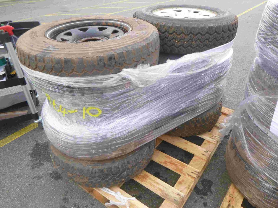 Pallet of 8x Rims & Tyres to Suit Toyota Hilux