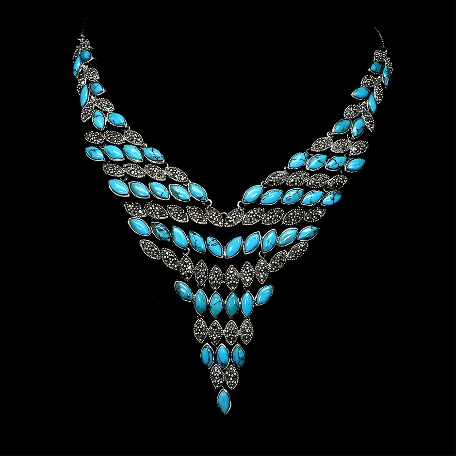 Spectacular Genuine Turquoise Necklace.