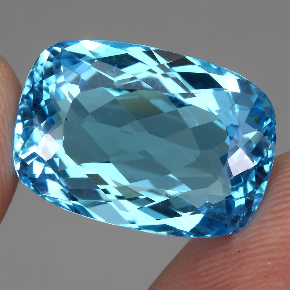 26ct. Genuine Antique Facet Internally Flawless Swiss Blue Topaz