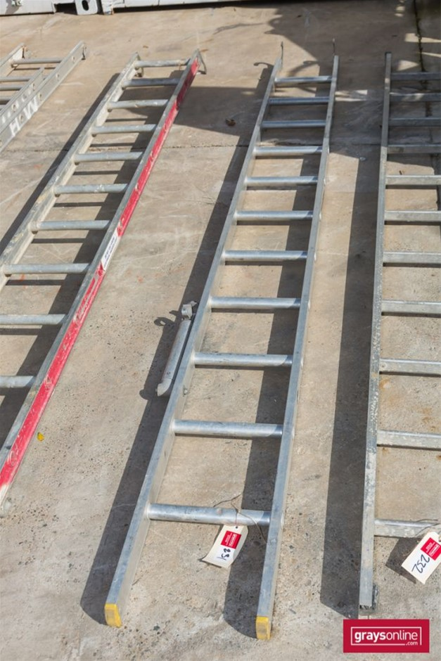 Scaffolding Ladder Section with Hook End
