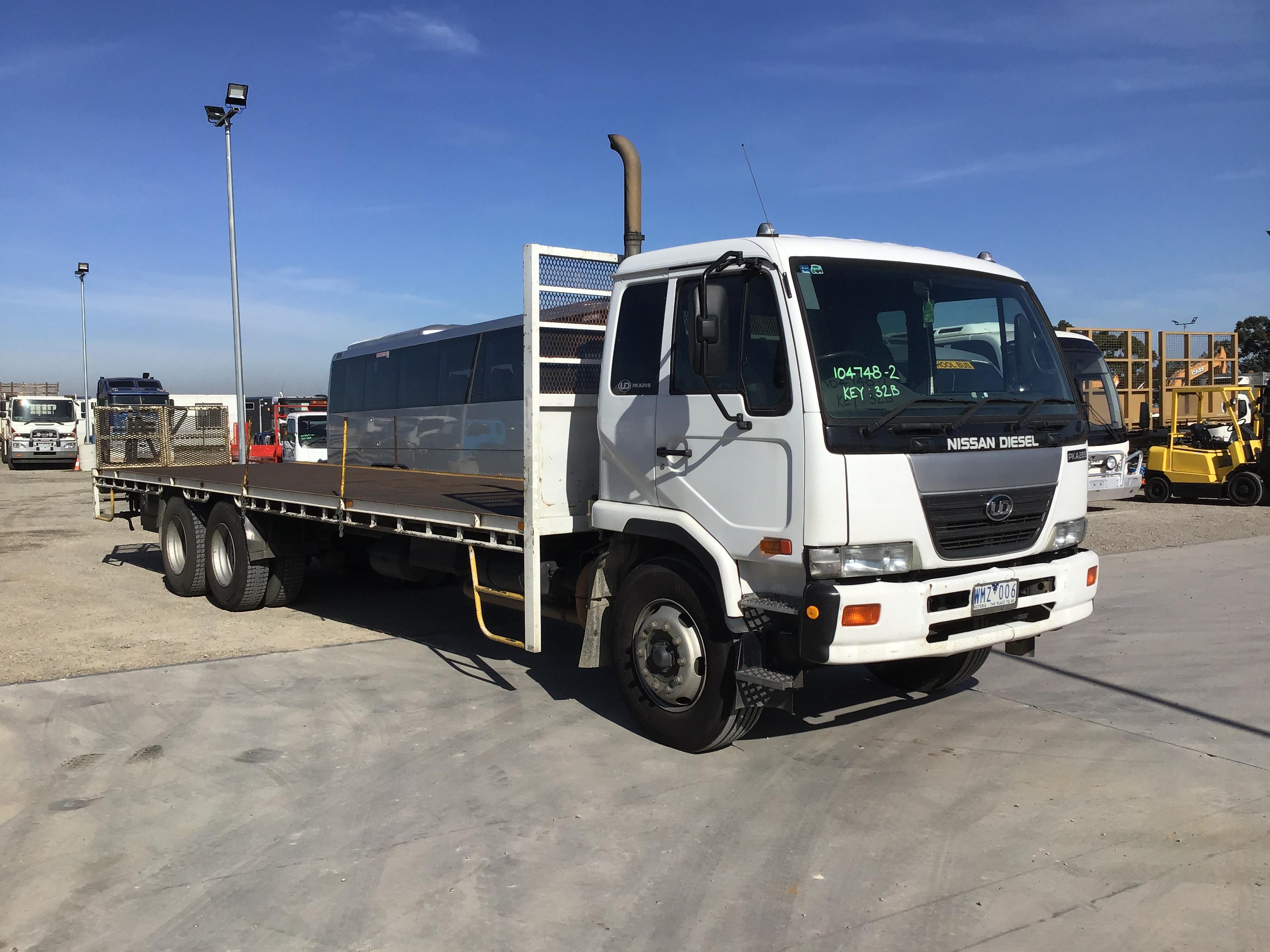 2007 Nissan PKA265 6 x 2 Tray Body Truck