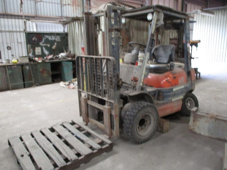 1995 Toyota 02-6PD25 4 Wheel Counterbalance Forklift