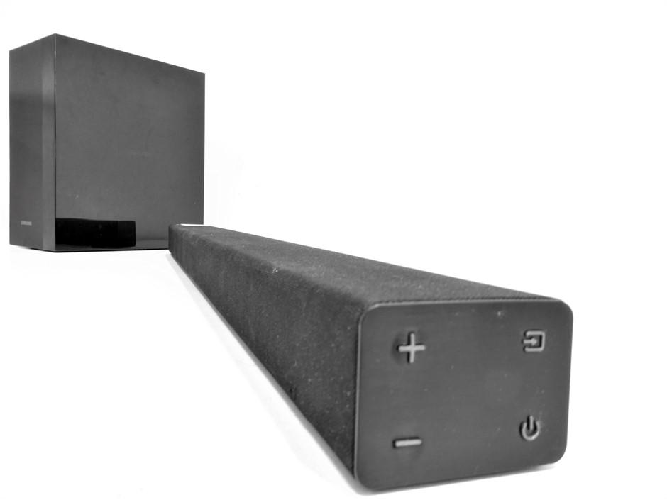 Samsung Wireless Home Theater Soundbar (HW-M360) & Subwoofer (PS-WM20)