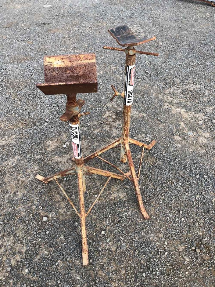 2 x Pipe Stands