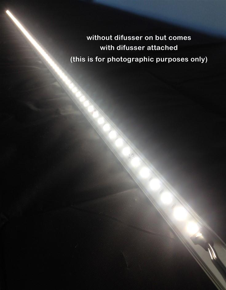 12V 1.18M (L) LED Light bar with 66 LED`s & Diffuser