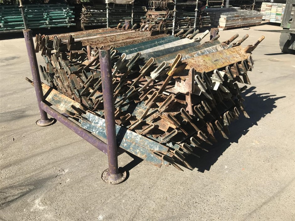 Scaffolding Quick Stage 0.7 Transom with Stillage 120 in Pack 10
