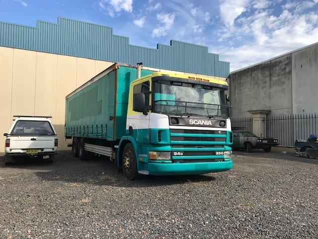 1999 Scania P94 6x2 Tautliner
