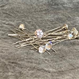 10 x HAIR PINS with single diamante, 9mm