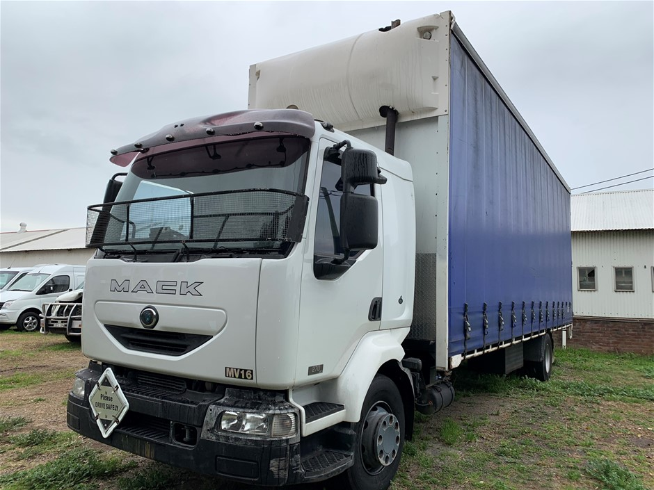 2003 Mack Midlum 4 x 2 Curtainsider Rigid Truck