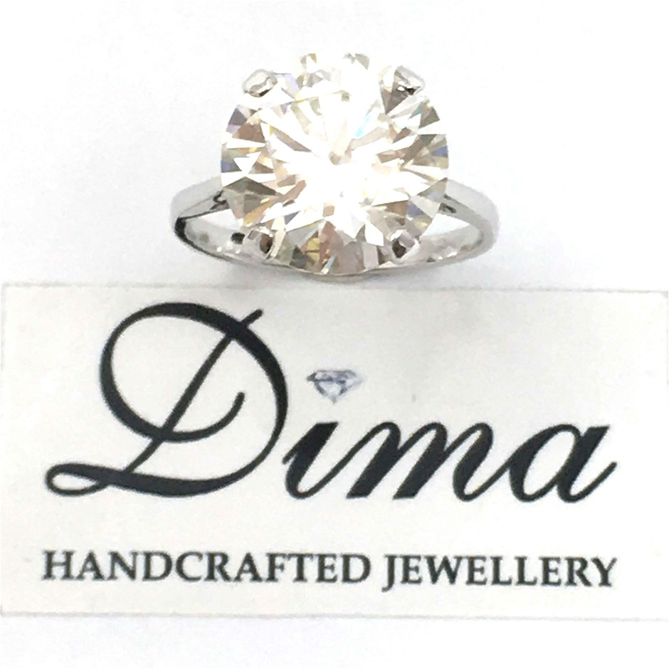 18ct White Gold, 5.80ct Moissanite Ring