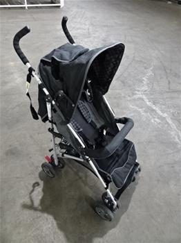 M1315 Kapsel Stroller
