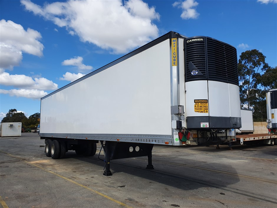 2006 Maxitrans ST2 Tandem Refrigerated Trailer