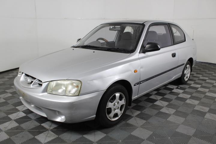 2000 Hyundai Accent GL LS Hatchback