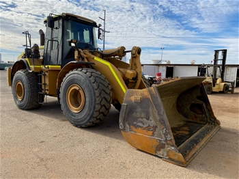 2010 Caterpillar 972H Wheel Loader with Bucket