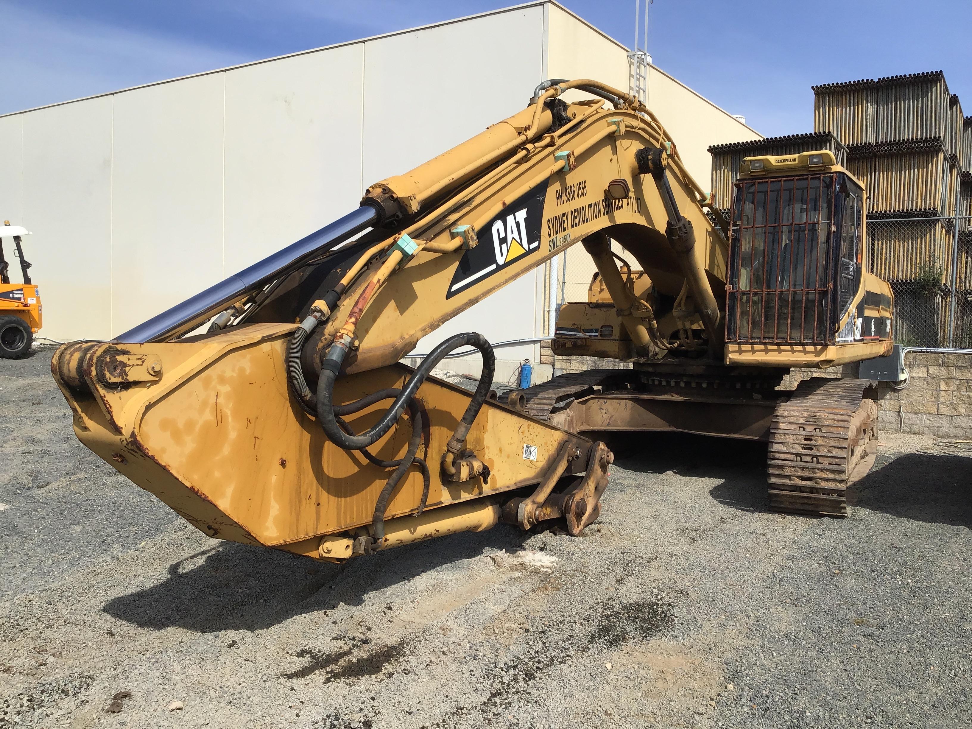 Caterpillar 330B Hydraulic Excavator