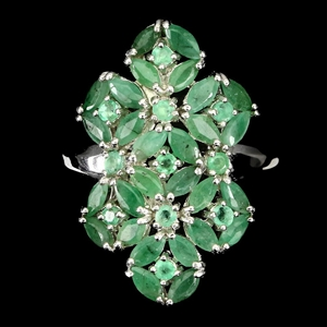 Gorgeous Emerald Ring 925 Silver