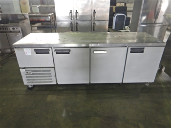 Anvil UBE2400 Preparation Bench with Chiller
