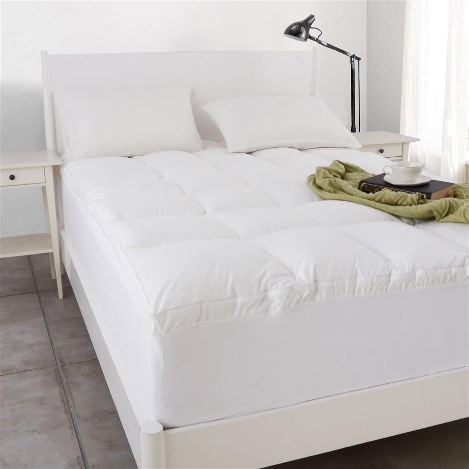 Dreamaker 1000gsm Down Alternative Mattress Topper King Bed