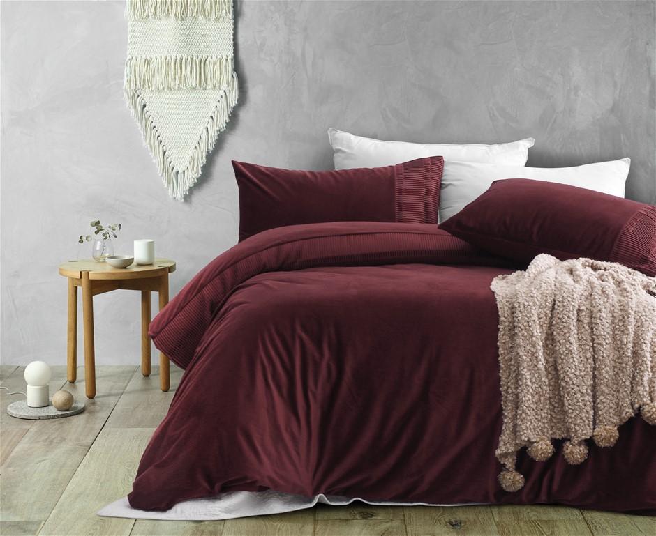 Dreamaker Ripple velvet Quilt Cover Set Queen Bed Red Wine