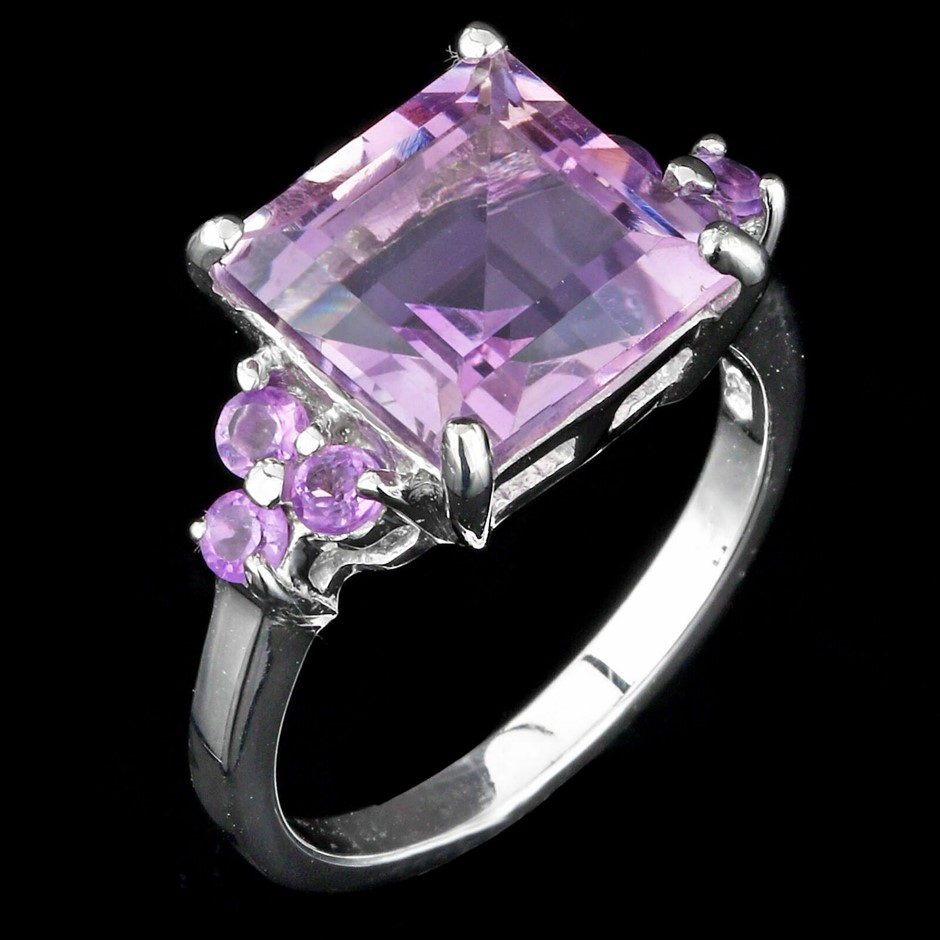 Gorgeous Sterling Silver Amethyst Ring