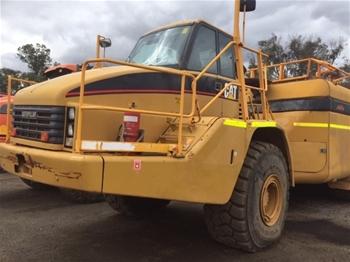 Caterpillar 740B Articulated Water Cart