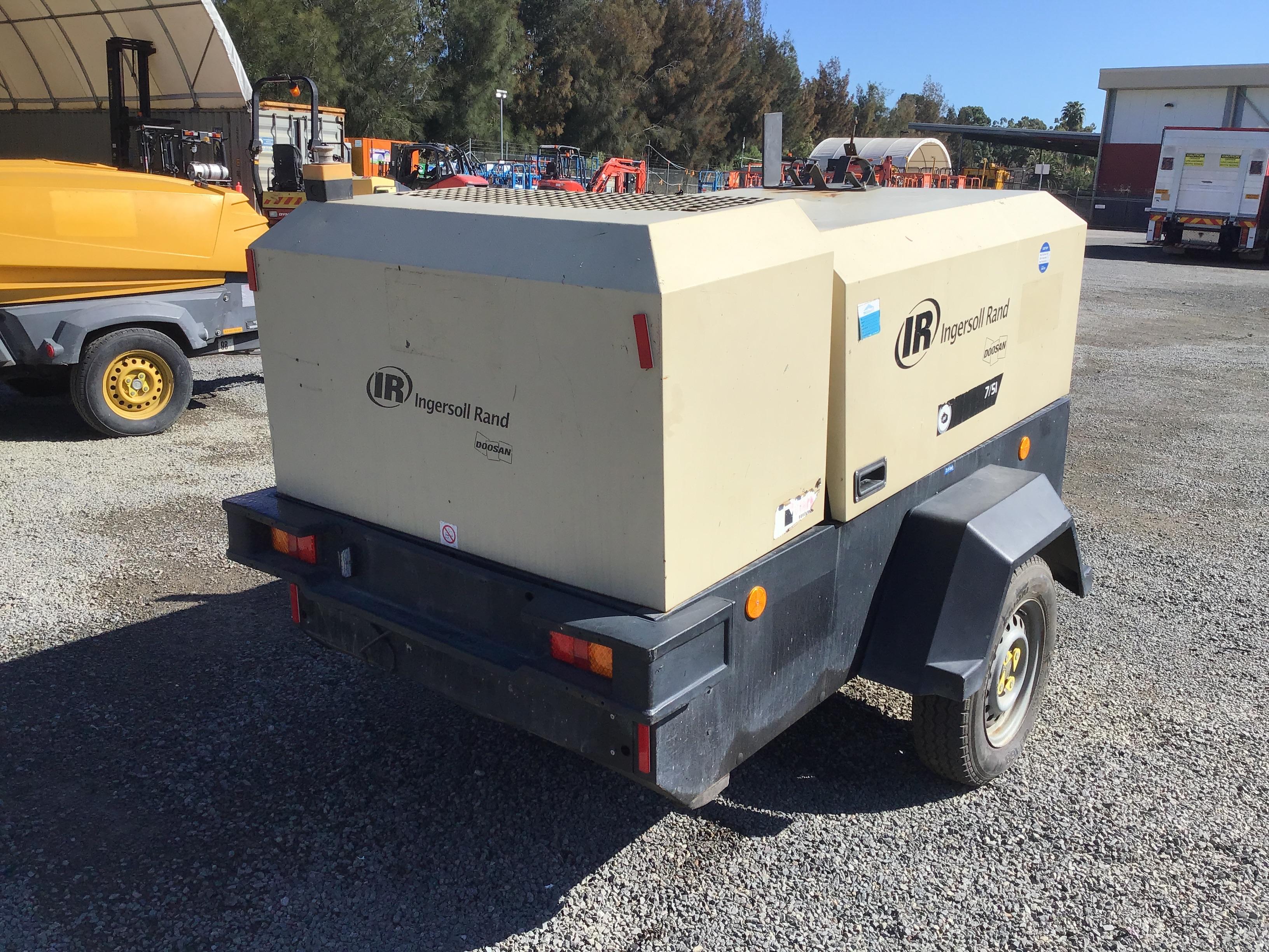 2011 Doosan Clark equipment 7-5 Capacity Mobile Air Compressor