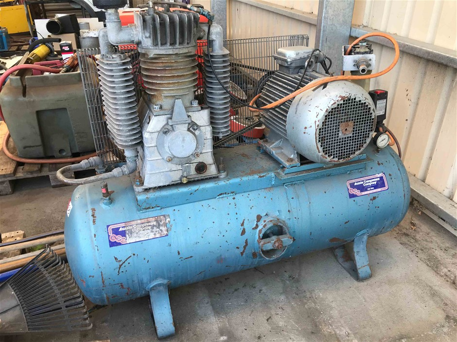 Receiver Mounted Electric Air Compressor