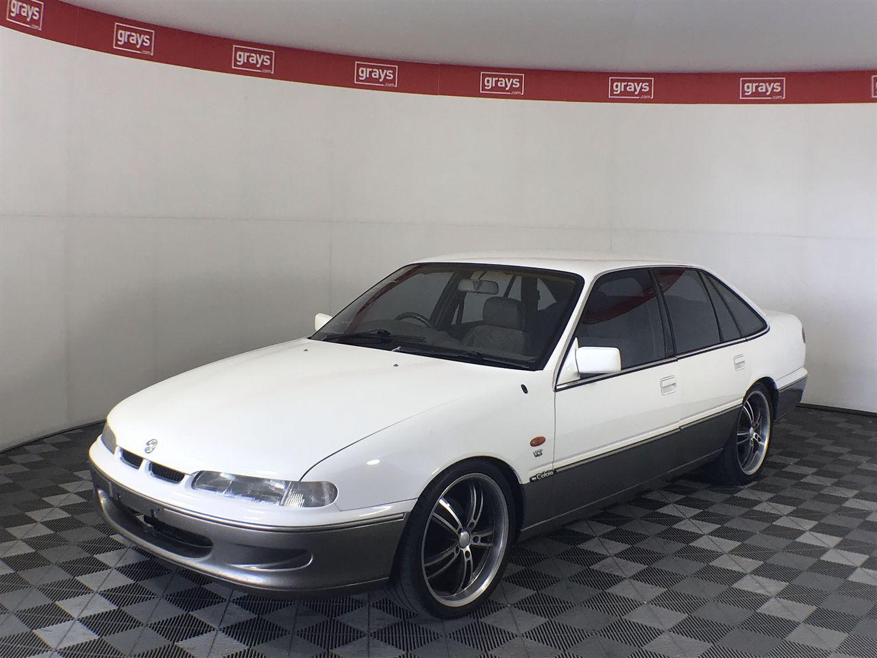 1996 Holden Calais VS Automatic Sedan 68,686 kms