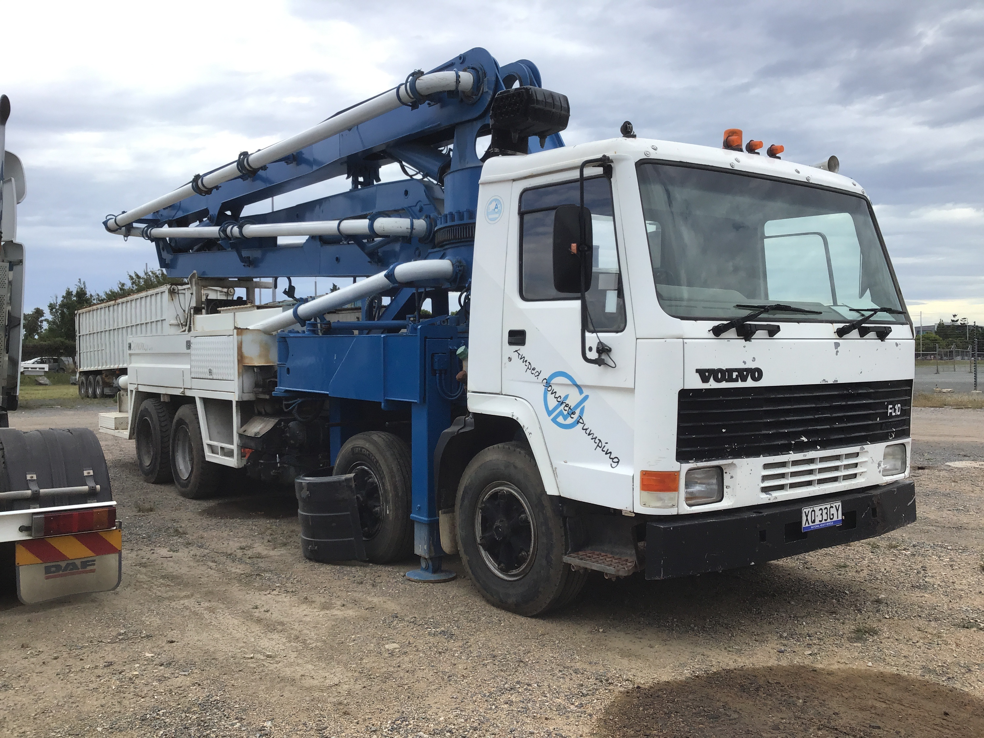 1988 Volvo FL10 6 x 4 Concrete Pump Truck with Placing Boom